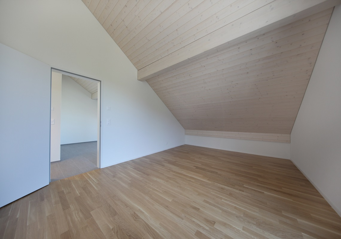 10_Obersee_Immobilien_Schlafzimmer_gross_2