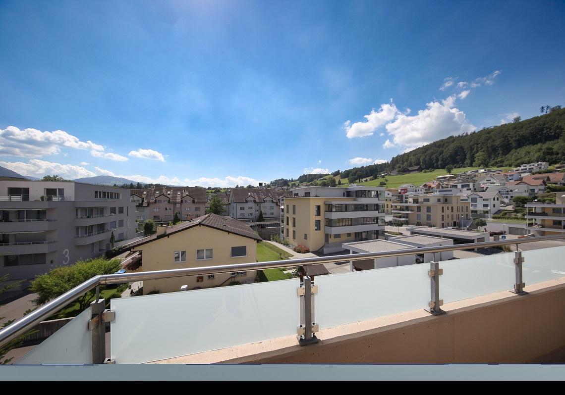 1_Oberseee_Immobilien_Balkon_Ausblick