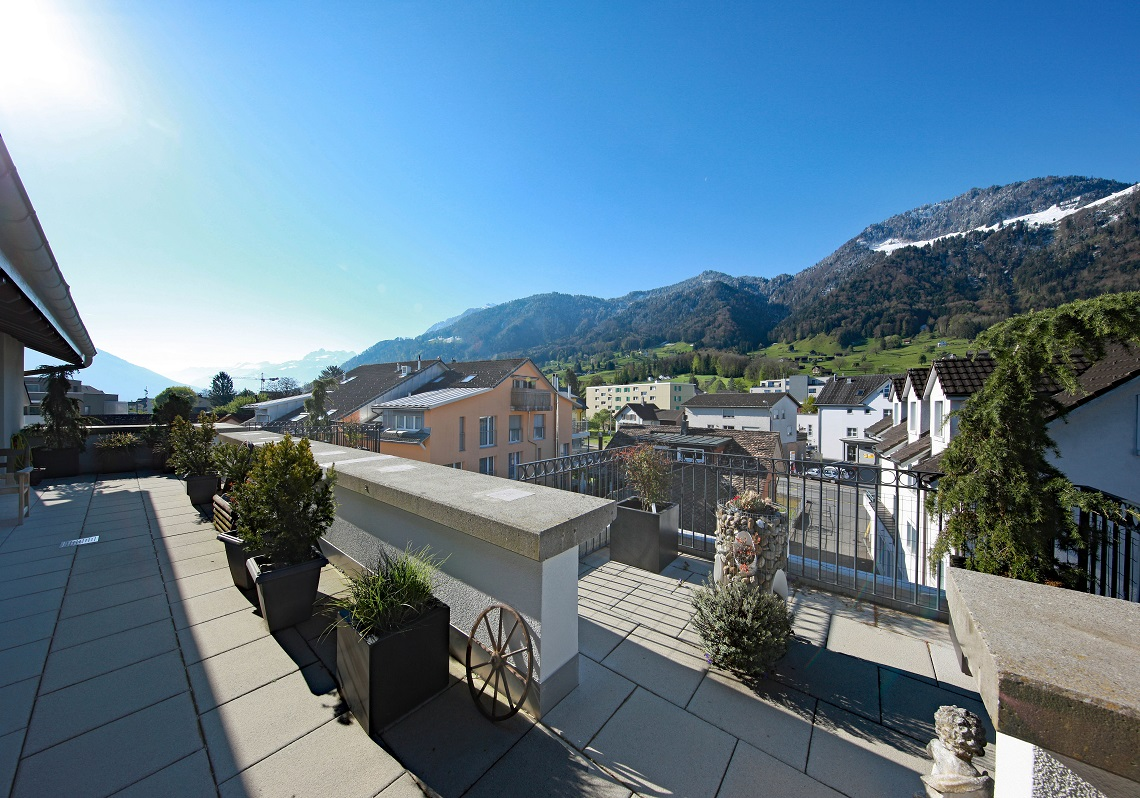 3_Obersee_Immobilien_Balkon