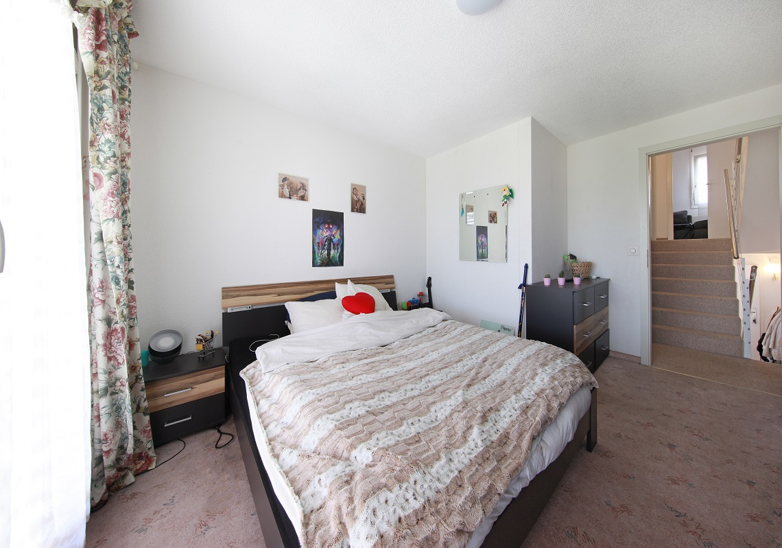 2_Obersee_Immobilien_Schlafzimmer