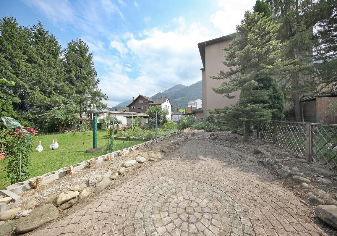 2_Obersee_Immobilien_Garten
